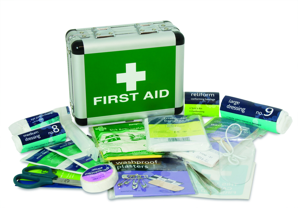 Small First Aid Kit For Travelling Bisa Disesuaikan