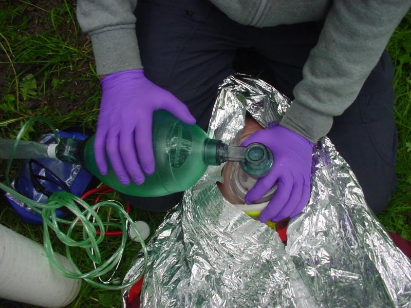 Bag, valve and mask